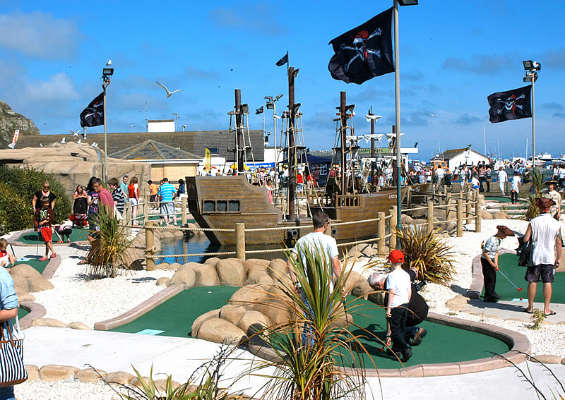 PIRATE GOLF HASTINGS